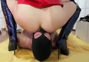Dominatrix shits on her slave