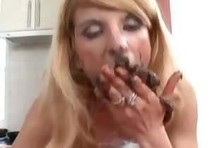 Blonde is licking her juicy shit